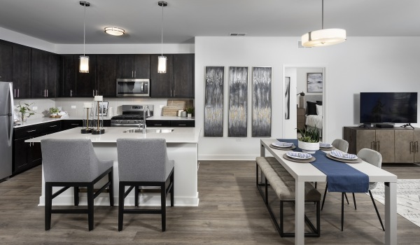 6 weeks free on select floor plans. Rates starting at $1595.